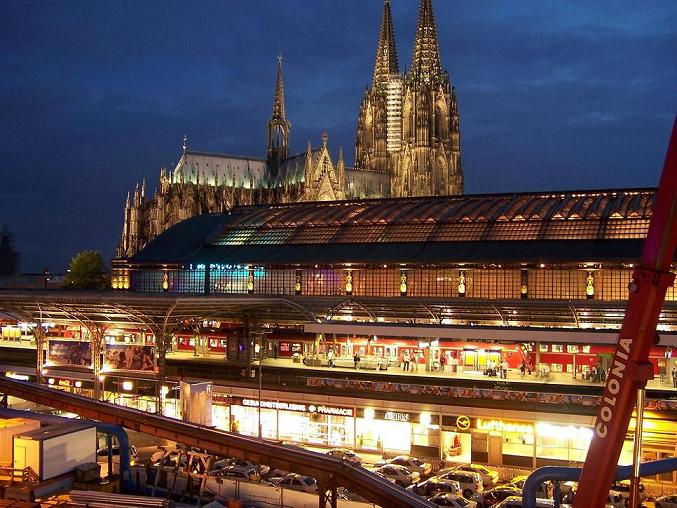 Train station and Cathedral in Cologne